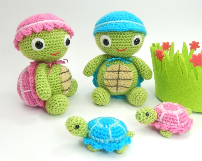 Tommy and Tammy Tortoise - Amigurumi Crochet Pattern