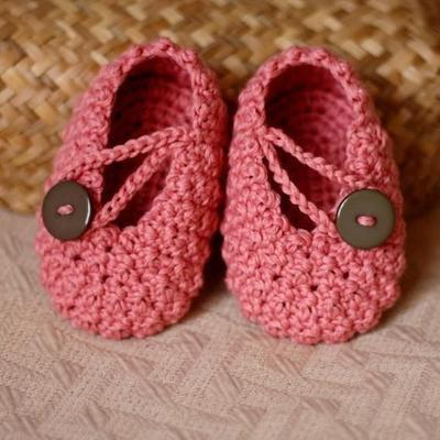 Pretty in Pink Baby Booties