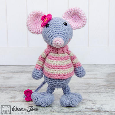 Emily the Mouse Amigurumi