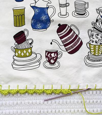 Adding a Crochet Edge to a Tea Towel