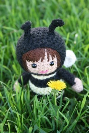 Alexa the bee amigurumi doll