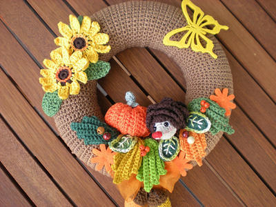 Crochet Pattern - Crochet autumn Wreath