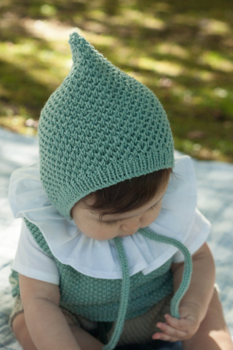 Largo Bonnet Knitting Pattern PDF