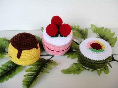 Crochet Pattern - FOOD PURSE 2 - Pudding, Strawberry Cake and Sushi