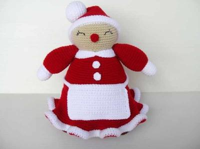 Crochet Pattern - MRS CLAUS - Toys