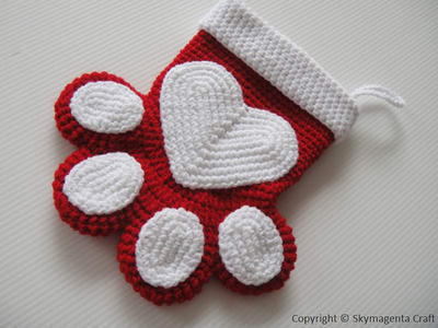 Crochet Pattern - PETS CHRISTMAS SOCKS