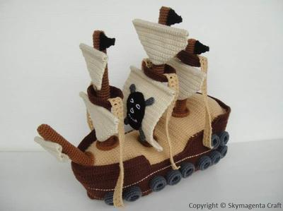 Crochet Pattern - PIRATE SHIP