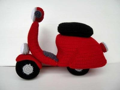 Crochet Pattern - SCOOTER