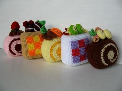 Crochet Pattern- SWISS ROLL CAKE -Playfood / Toys