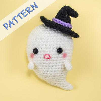 Halloween Crochet Amigurumi Pattern (PDF) - Boo the Ghost