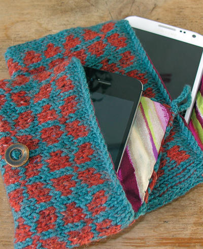 Knitted Fair Isle Gadget Cosy Pattern