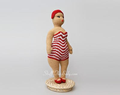 Seamless Chubby Beach Lady Doll Amigurumi Pattern