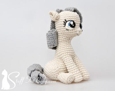 Sitting Pony Amigurumi Pattern