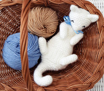 Sleeping Cat Amigurumi Pattern