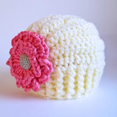 Très Chic - a beanie hat with flower in 5 sizes