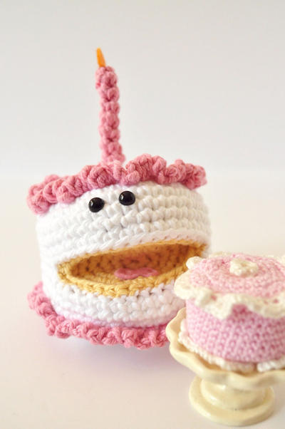 Happy Birthday Cake- Crochet PDF Pattern