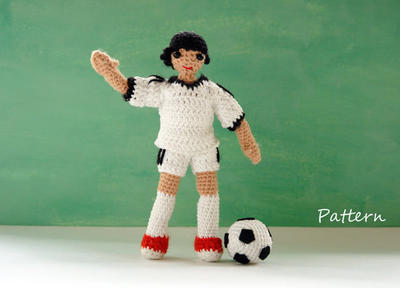 Amigurumi doll pattern for football player