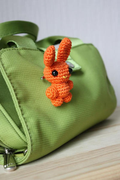 DIY Bunny Yewerly Brooch Pattern
