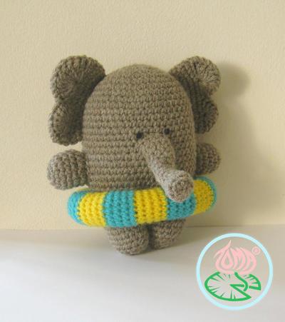 Amigurumi Elephant, Summer Style