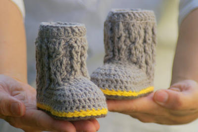 Baby Booties Crochet Pattern for Cable Boots