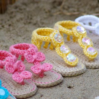 Crochet Baby Pattern Sandals - Free barefoot sandal pattern