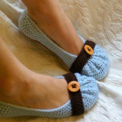 House slipper Crochet Pattern for Cute as a Button Ballet Flat House Slippers