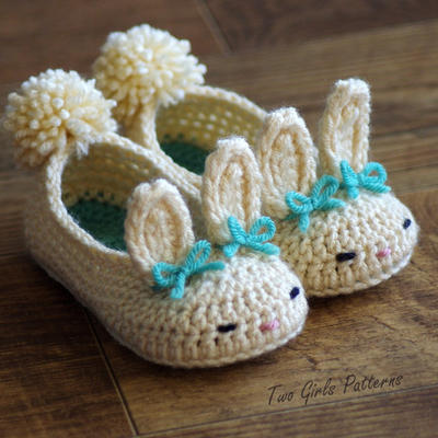 Toddler Bunny Slippers The Classic Year-Round Bunny Slipper Crochet Pattern - Childrens shoe Sizes 4 - 9