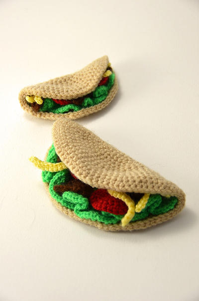 Taco Time - Large and Small Taco Crochet Pattern
