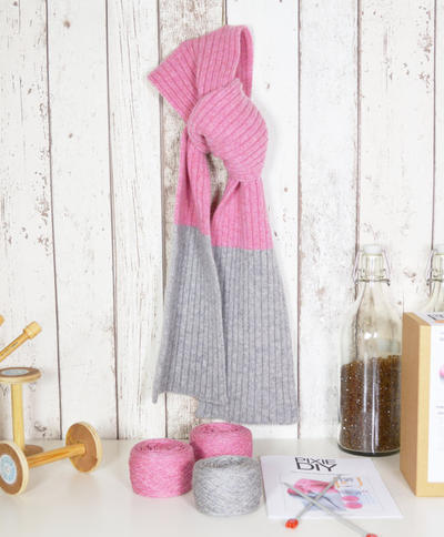 Luxury Ribbed Scarf Knitting Kit - 2 Colours Available