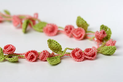 Crochet Pattern Rose Garden Necklace Bracelet
